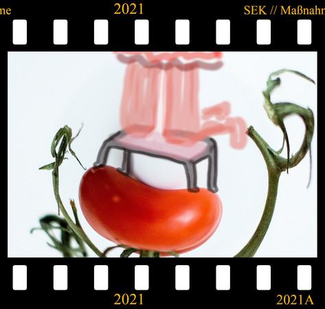 """""""Kniebank auf Tomaten"""""""
