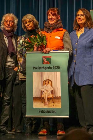 Petra Anders hat am 8.3.2020 in Wesel den Erna- Suhrborg- Preis gewonnen