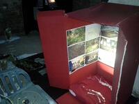 Die Morschbox - ein Exponat der Austellung 333 ORGANON (DIES IST EIN SICHERER ORT) von Charlotte Urbanek